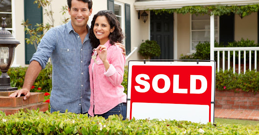 What To Expect When Closing On Your First Home