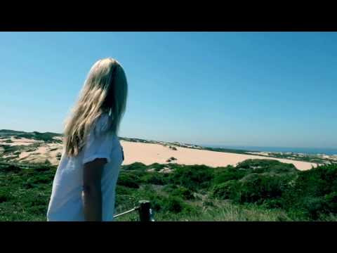 Vlogging from Portugal | ULTIMATE LIFESTYLIST By Naomi Isted