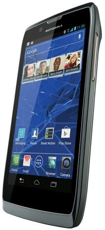 Motorola RAZR V goes on sale at Bell, gives Canadians very thin slice of an Ice Cream Sandwich