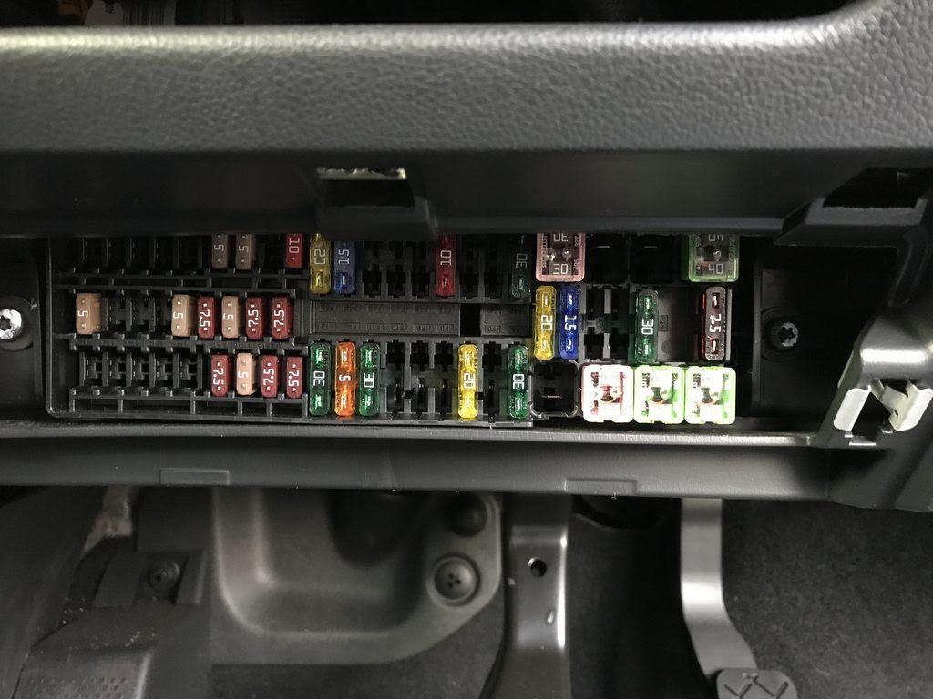 Vw Polo Fuse Box Cigarette Lighter