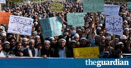 Pakistan asks Facebook and Twitter to help identify blasphemers | World news | The Guardian