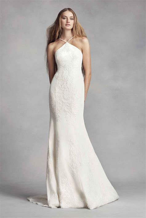 Elegant Halter Neck Long Sheath Lace Appliqued White by