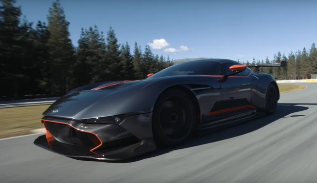 Aston Martin Vulcan visits New Zealand racetrack