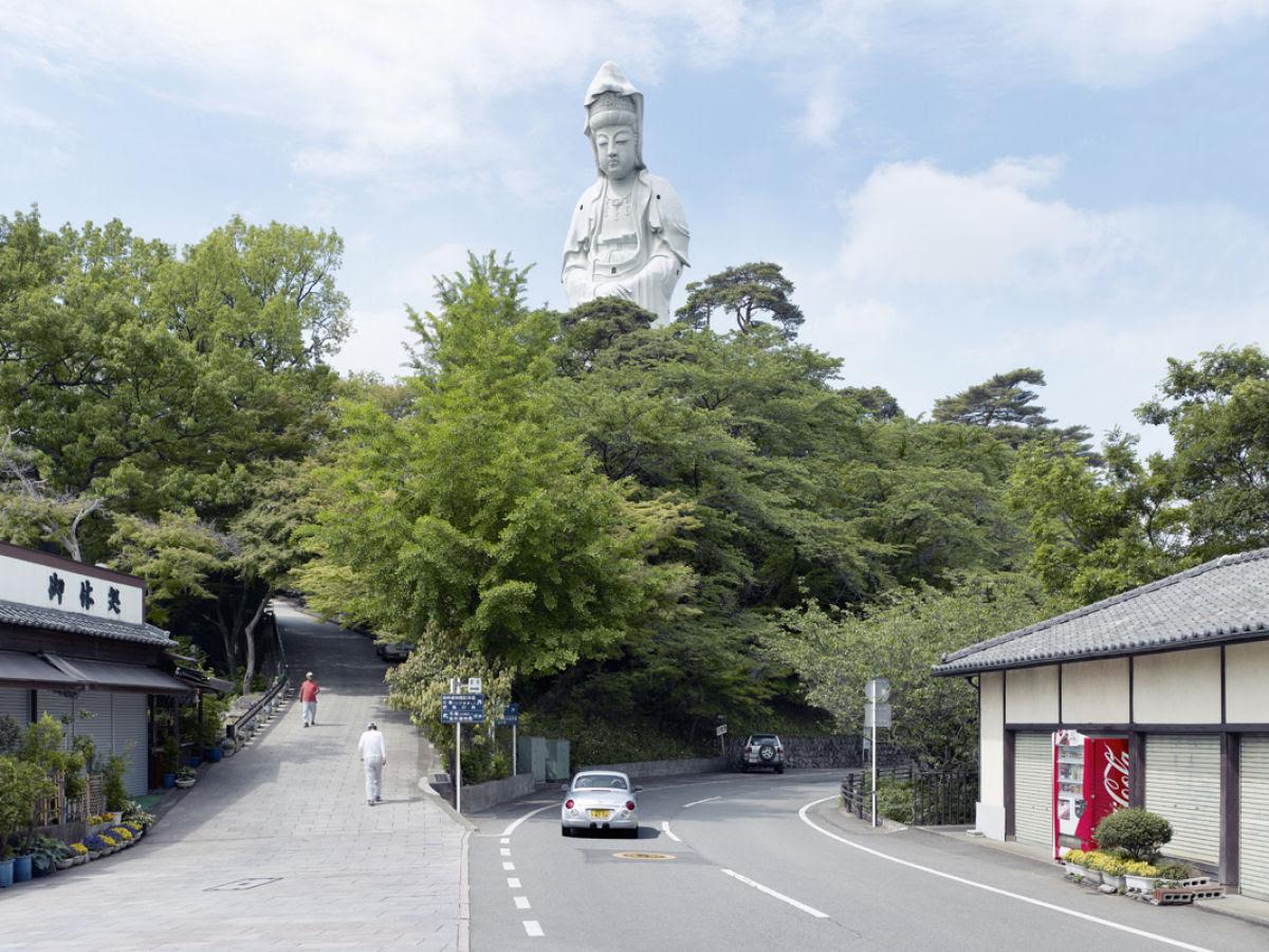 Paisagens alteradas pelas maiores estátuas do mundo 06