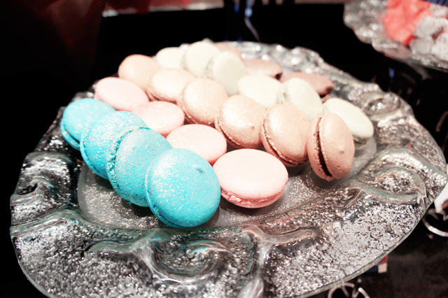 macaroons - Straits Cafe buffet @ Rendezvous hotel