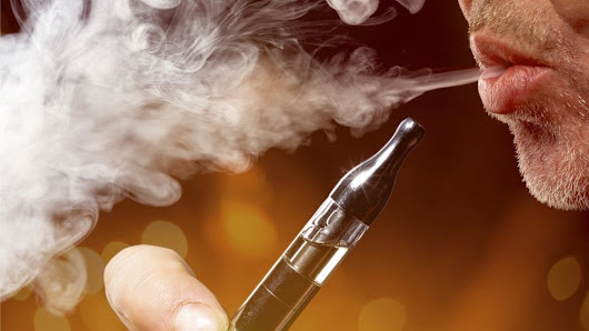 E-cigarettes should be offered to smokers, say doctors - BBC News