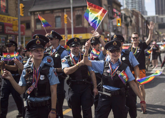 Toronto police LGBTQ network deems it 'unacceptable' for city to donate money to Pride parade | Toronto Star