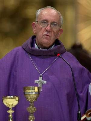 Franscisco é escolhido sucessor do papa Bento XVI