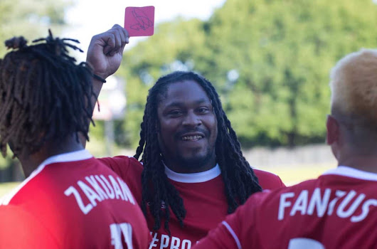 Sandals-wearing Marshawn Lynch goes Beast Mode in charity soccer game