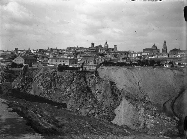 Vista desde el cerro de la Cabeza en los años 20. Fotografía de Otto Wünderlich. © Fototeca del Patrimonio Histórico