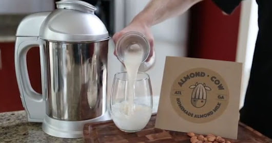 Finally, you can start making almond milk at home for cheap
