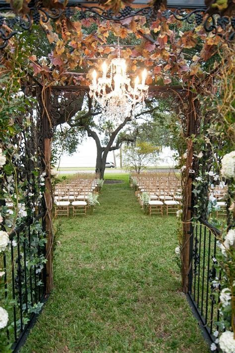 Champagne, Ivory and Gold ?Secret Garden? Inspired Wedding
