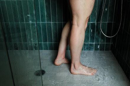 '¿Lo necesito?': la pandemia ha hecho que mucha gente se duche menos