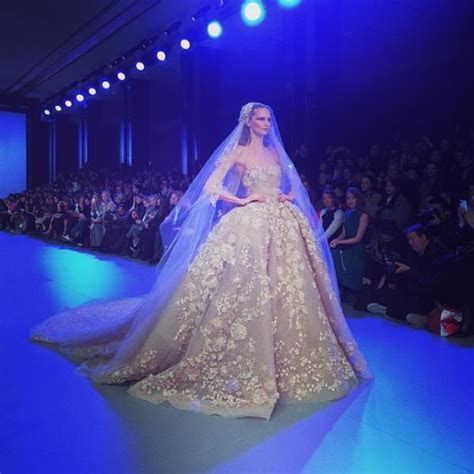 Elissa Shares Elie Saab's Bridal Gown with Fans   Arabia