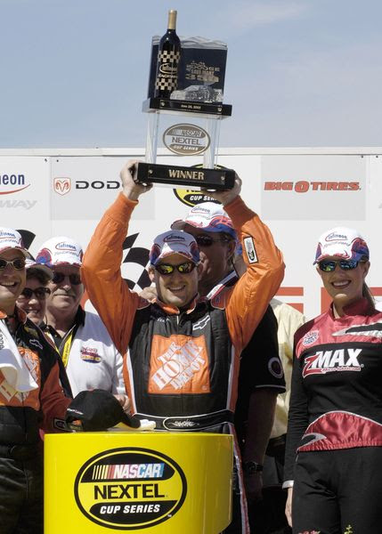 Tony Stewart, Ernie Irvan to be Inducted into Sonoma Raceway Wall of Famen #nascar