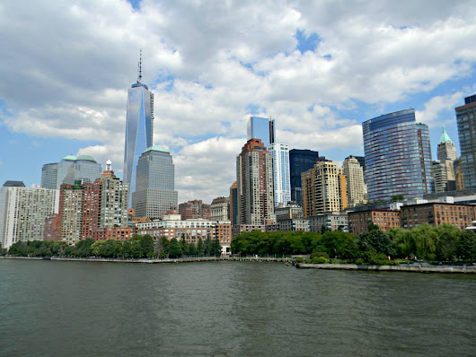 What is it like to live and work in NY? Find out with #NYTough (giveaway ends 10/28/14) - She Scribes