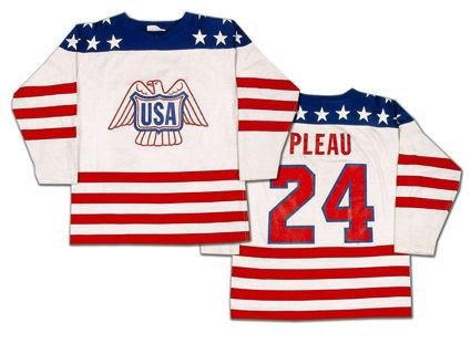 United States National Team 1976 home jersey photo United States National Team 1976 home jersey.jpg