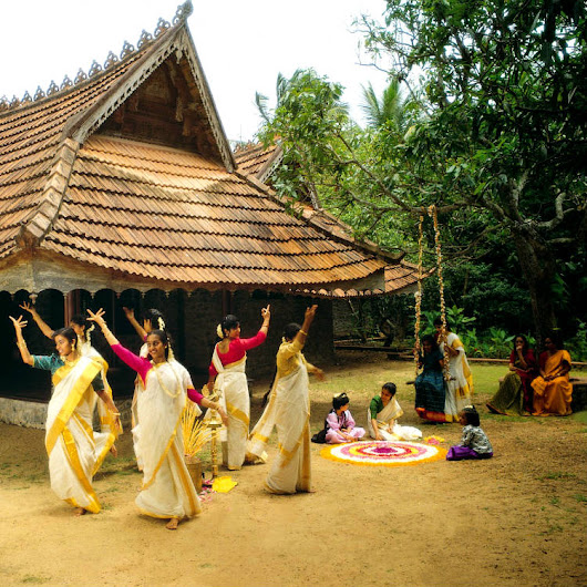Thiruvathirakali | Kerala Tourim Guide