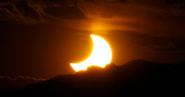 How to Watch the Eclipse Online if You're Stuck Indoors (or It's Cloudy) - The New York Times