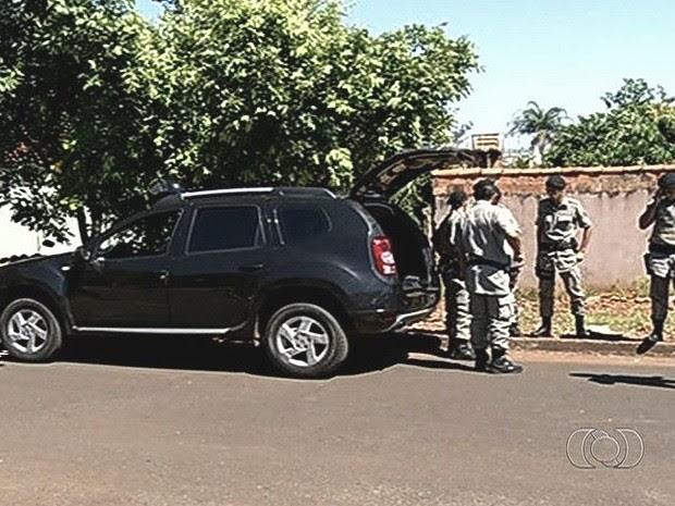 Empresária é vítima de sequestro-relâmpago em Rio Verde, Goiás (Foto: Reprodução/TV Anhanguera)