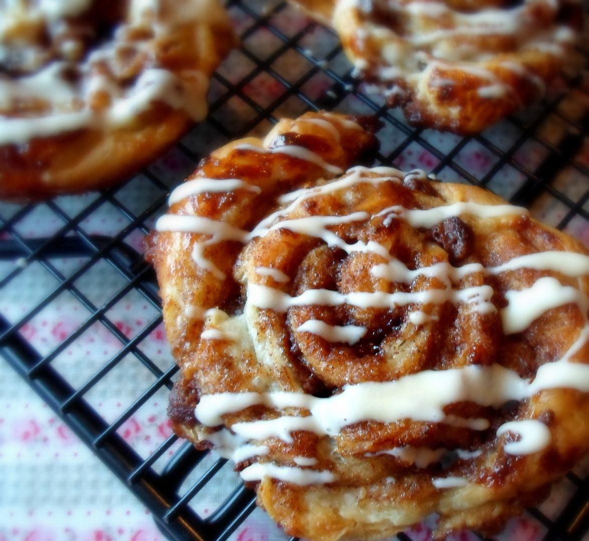 Easy Cinnamon Puffs