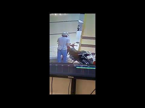 Moto é roubada em estacionamento de Shopping em Aracruz