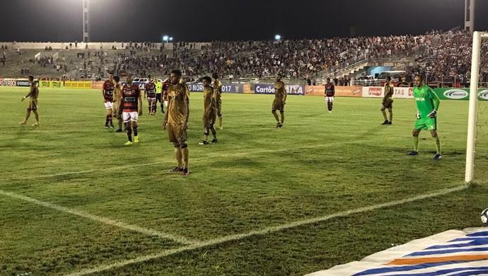 estádio amigão, copa do nordeste, campinense x sport (Foto: Silas Batista / GloboEsporte.com/pb)