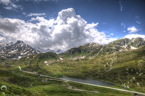 Crossing over Gotthard with Photomatix by Prozac74