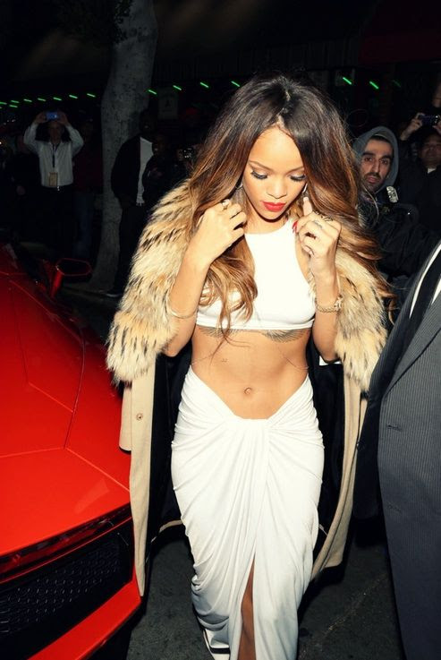 photo la-modella-mafia-Rihanna-Grammy-After-Party-chic-street-style-in-a-white-crop-top-and-maxi-skirt-with-delicate-gold-jewelry-_zpsdd3fe674.jpg