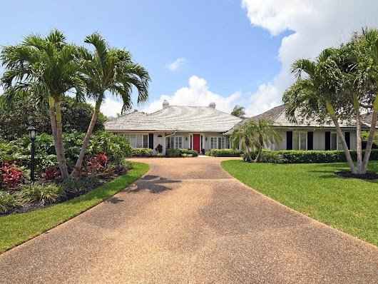 3 bed / 3 full, 1 partial baths  Home in Vero Beach for $825,000