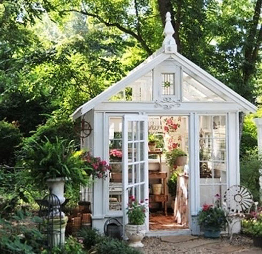 Move Over Man Caves, 'She Sheds' Are Taking Storm Now