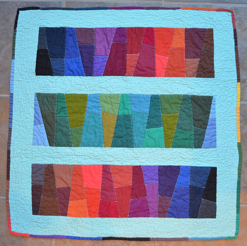 One of my favourite solids quilt! - Karen sent me this bonus quilt!