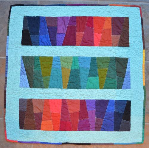 One of my favourite solids quilt! - Karen sent me this bonus quilt!