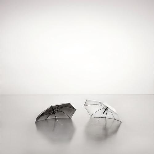 romantic umbrellas por nilgunkara