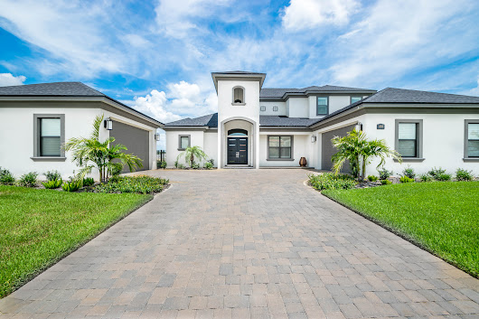 JUST SOLD: 4717 Emerald Palms Ct, Winter Haven, FL 33884 - The Stones Real Estate Firm