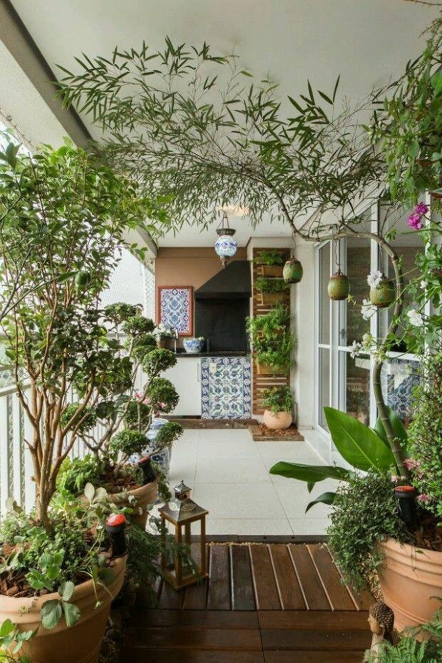 10 Clever Ways To Decorate Your Balcony Area | Recycled Crafts