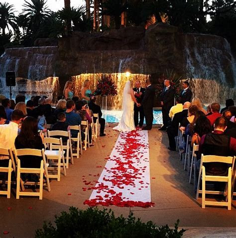Ultimate Vegas Wedding Venue Guide: Mirage   Wedding