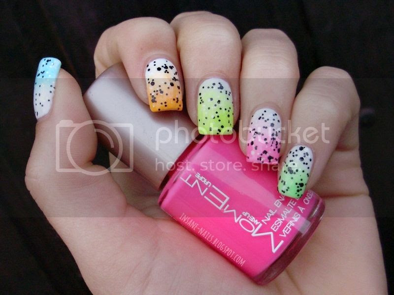 photo neon-gradient-nails-4_zps9d891449.jpg