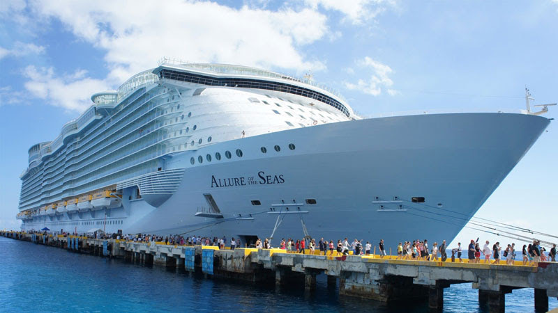 allure-of-the-seas-worlds-largest-passenger-ship