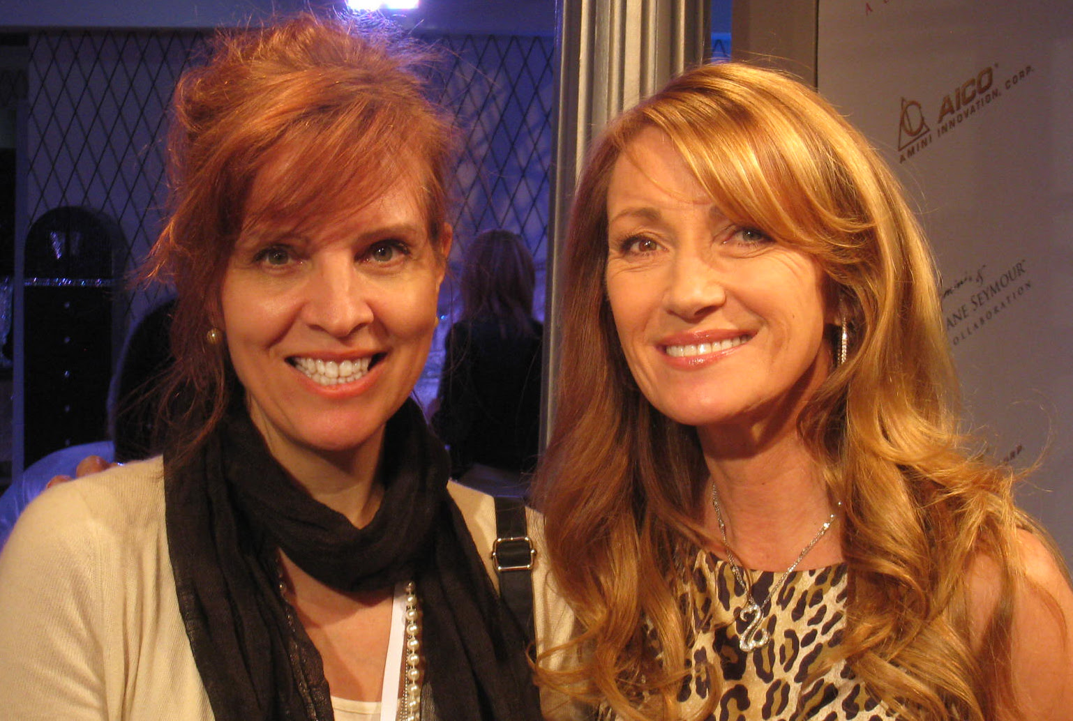 jane seymour debuts two new furniture collections | roomplanners