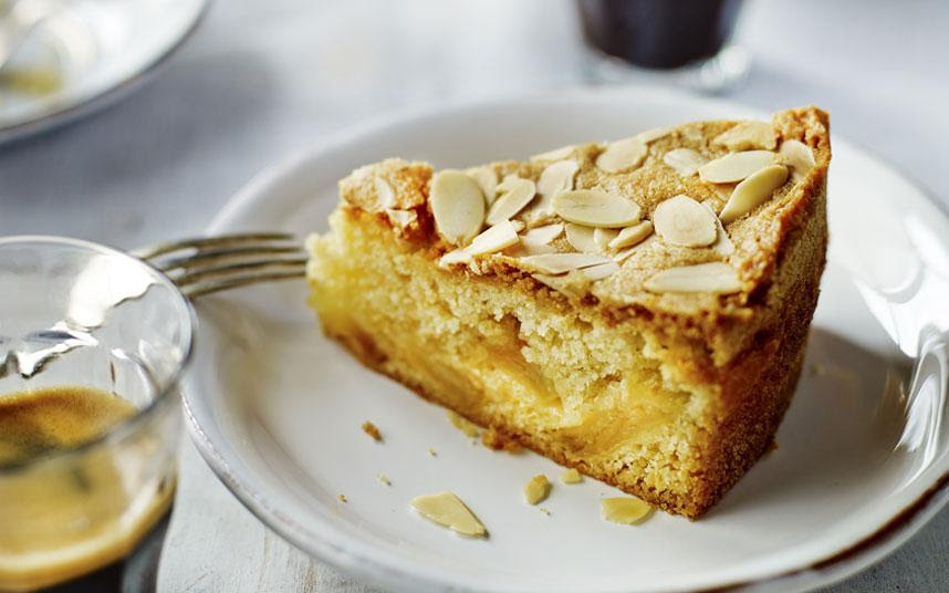 Mary Berry's very best apple dessert cake