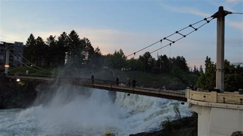 bridgehuntercom spokane falls suspension bridges