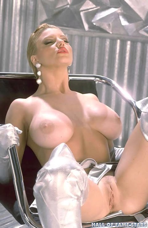 Brittany Andrews Nude - Hot 12 Pics | Beautiful, Sexiest