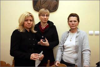 "The ""Smolensk Widows"": Ewa Blasik (left), Beata Gosiewska (center), Ewa Kochanowska (right)"