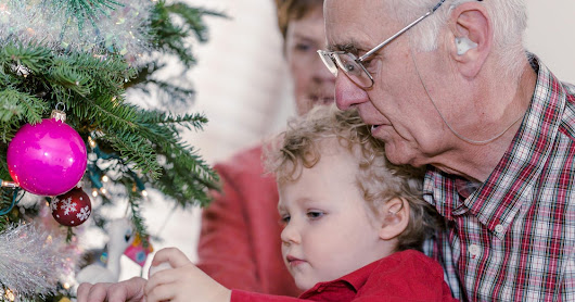 Loved one in assisted living? Make holidays merry