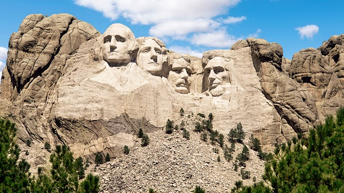 TREND ESSENCE: Dems tweet then delete post linking Trump's Mt. Rushmore event to 'glorifying white supremacy'