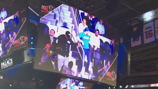 "Tony Krajewski on Twitter: ""My dog Isiah Henderson at #Palace for our @MeadeLexus work outing on dance cam! Way to go Zeek! You killed it! """