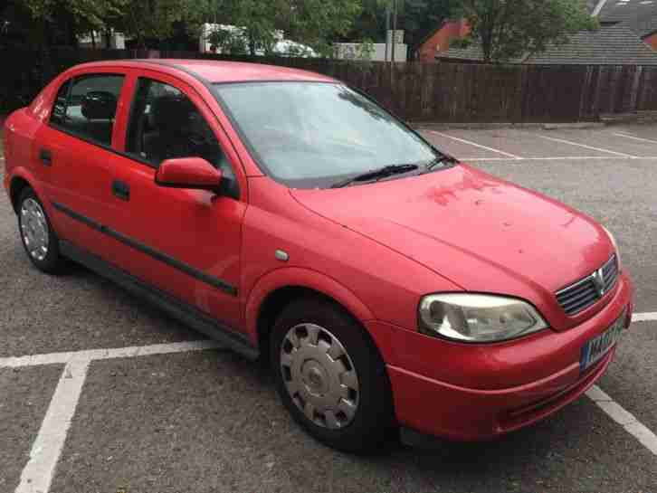 2002 VAUXHALL ASTRA CLUB 8V RED. car for sale