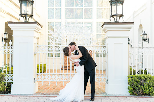 Kristin & Truman |Sneak peek |  St. Margret Mary and Orchid Garden Wedding