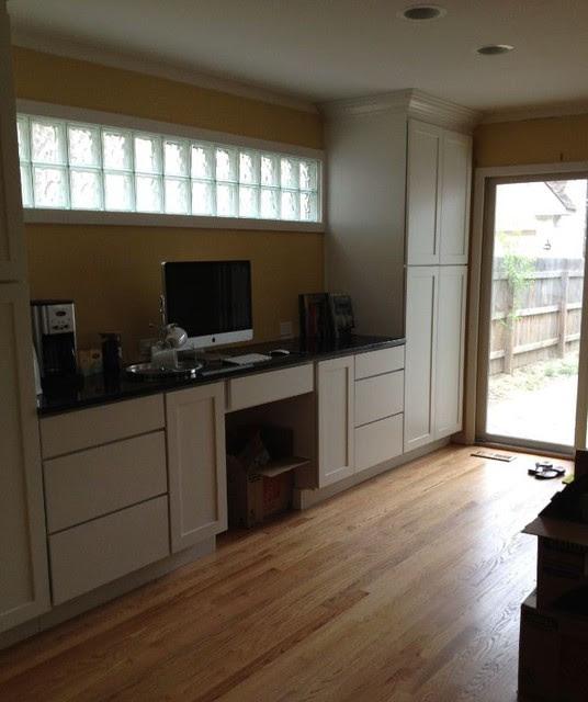 White Kitchen Cabinets   Shaker Cabinetry   CliqStudios ...